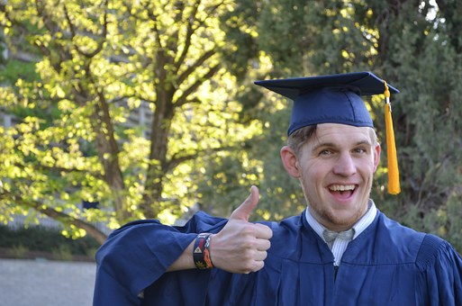 graduation-879941__340